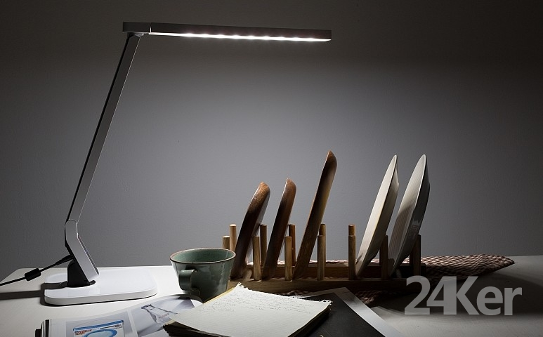 Cosmo Techno LED DESK LAMP CDS-90_副本